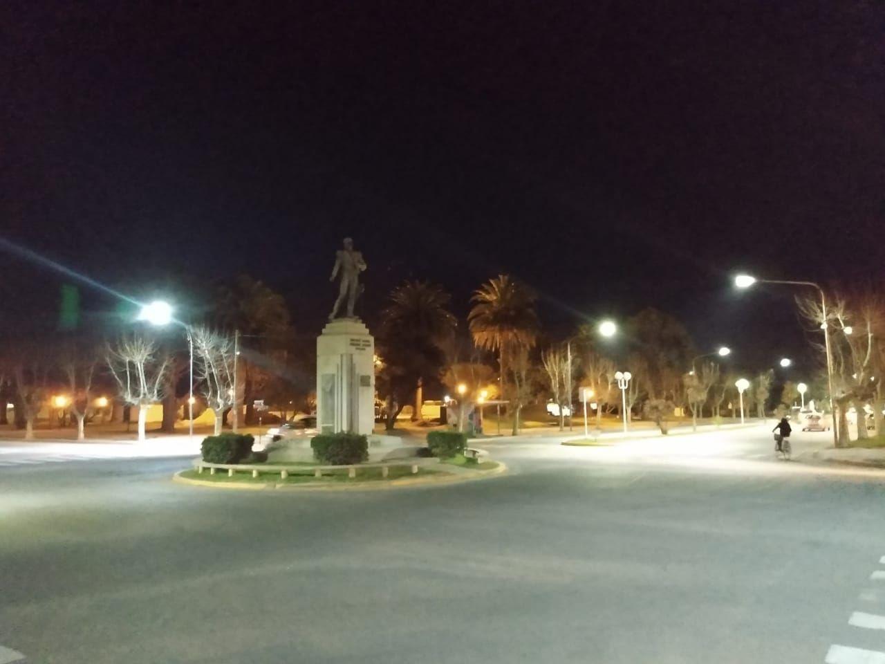Nueva luminaria LED en Avenidas de la ciudad de Miramar
